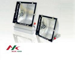 Đèn pha NKP-4